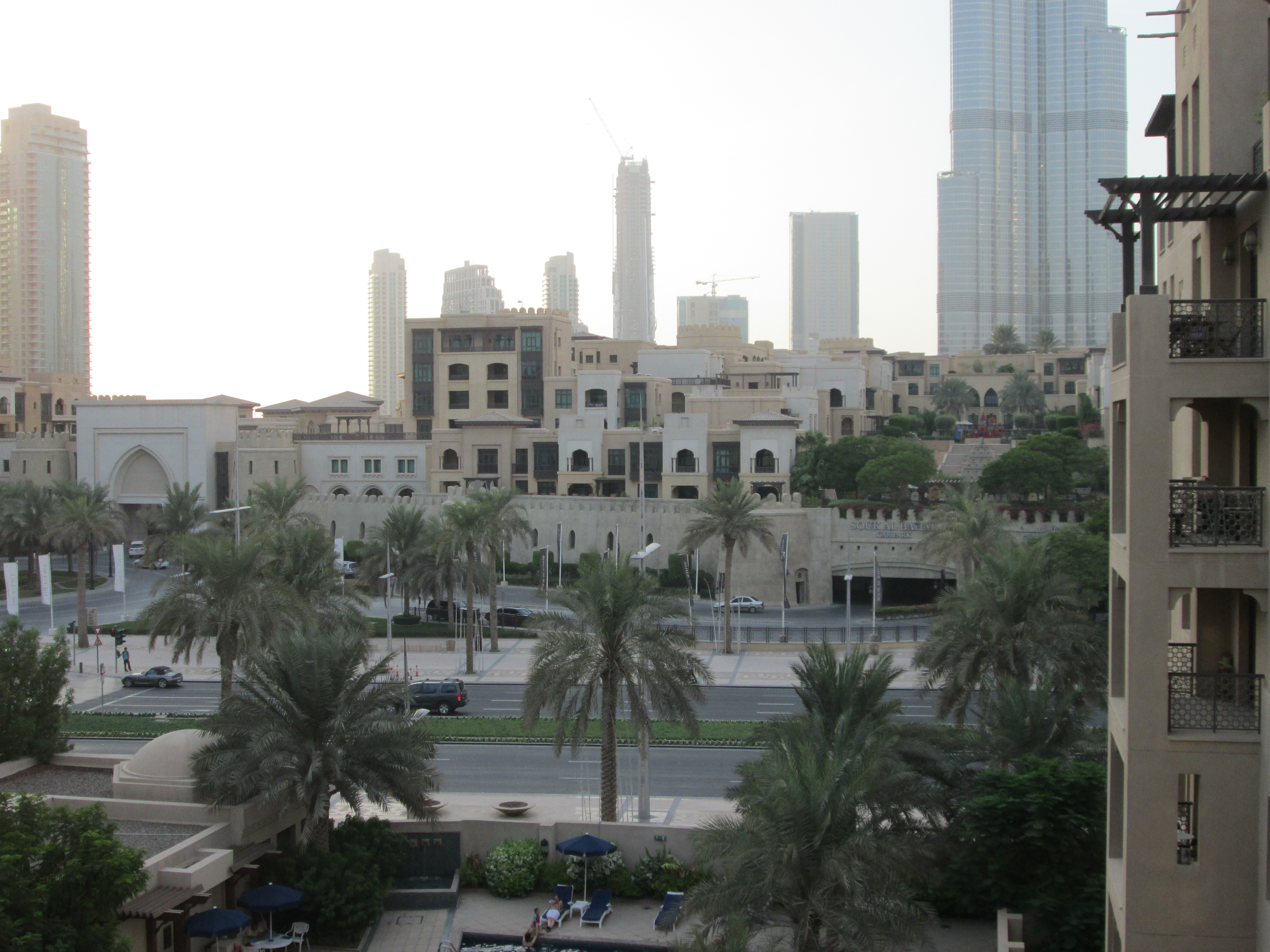 the old town downtown dubai diary of a desert fox. Black Bedroom Furniture Sets. Home Design Ideas
