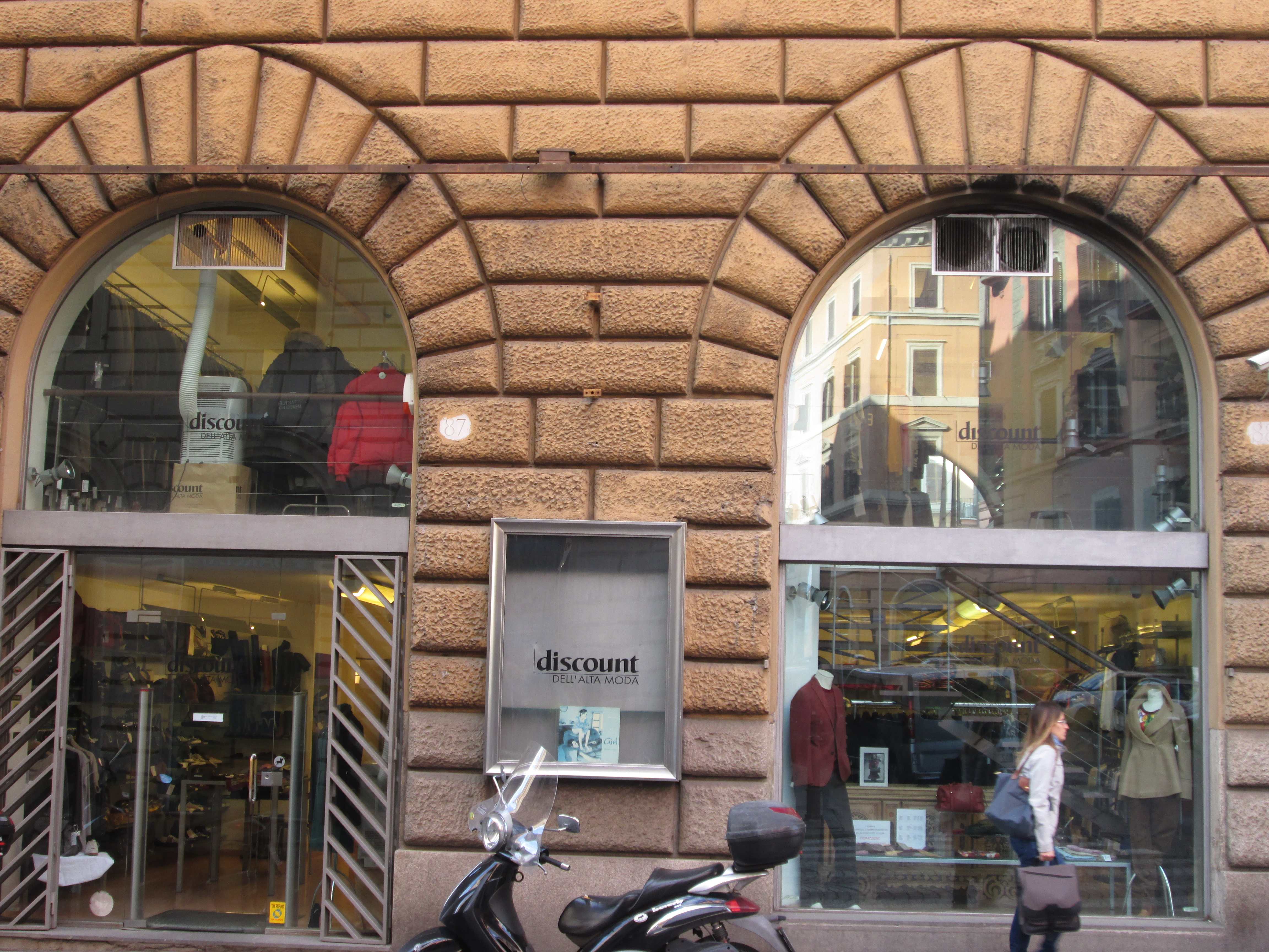 Outlet Shopping in Rome | Diary of a Desert Fox